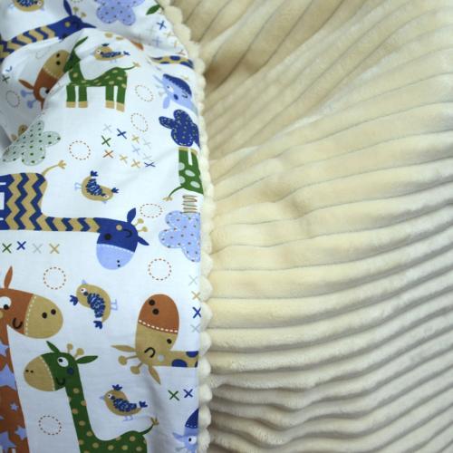 """Плед теплый """"Шарпей"""" на выписку/для прогулок  молочный/жирафики new Plamka (Poland)"""